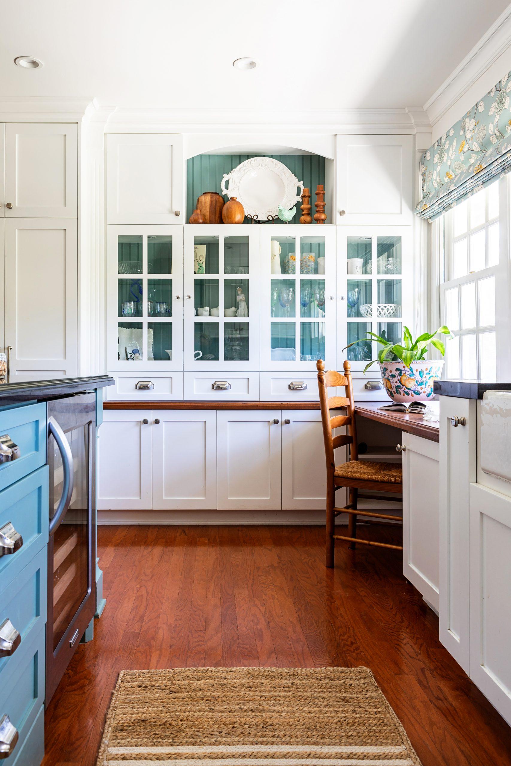 Kitchen Renovation in Hidden Hills, CA - JLK interiors - bright, family-friendly kitchen - kitchen desk